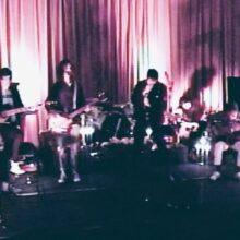 The Strokes が Maya Wiley を支援するニューシングル「Starting Again」を公開!